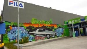 Décor d'une station essence à Fitzroy