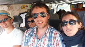 L'equipe dans le van