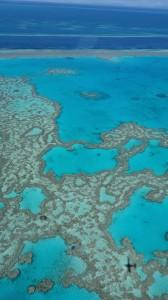 Survol de la barrière de Corail